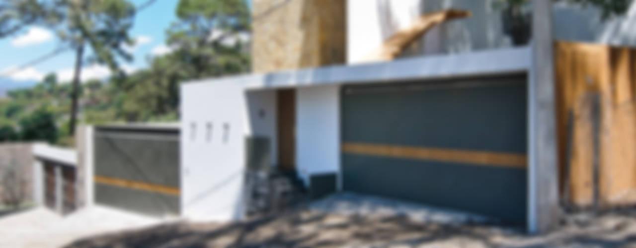 Casa La Lagartija Casas modernas de alexandro velázquez Moderno