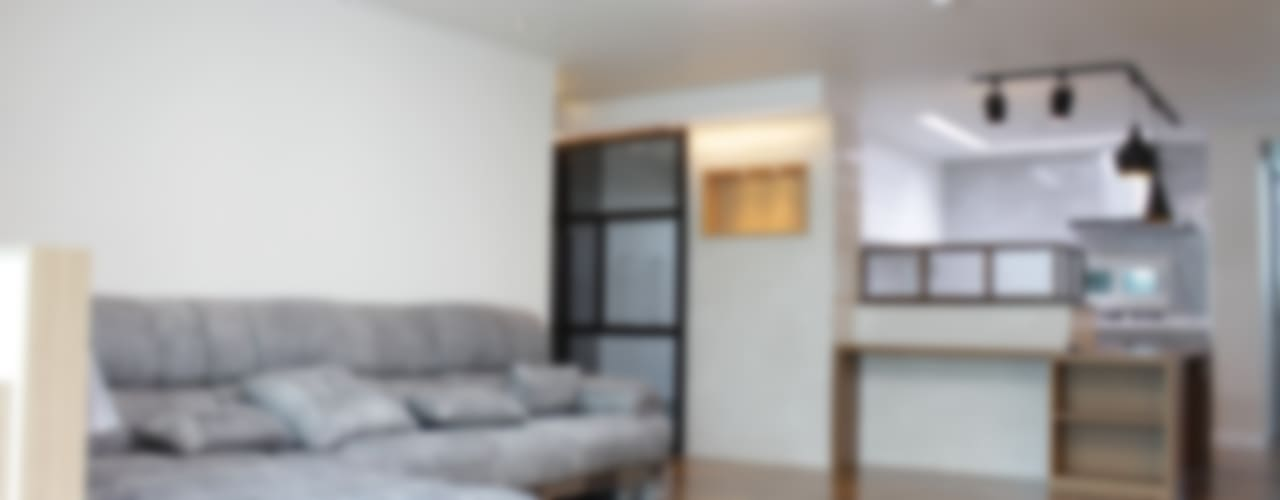 관저동 신선마을아파트 38평형 Before & After : 더홈인테리어의  거실