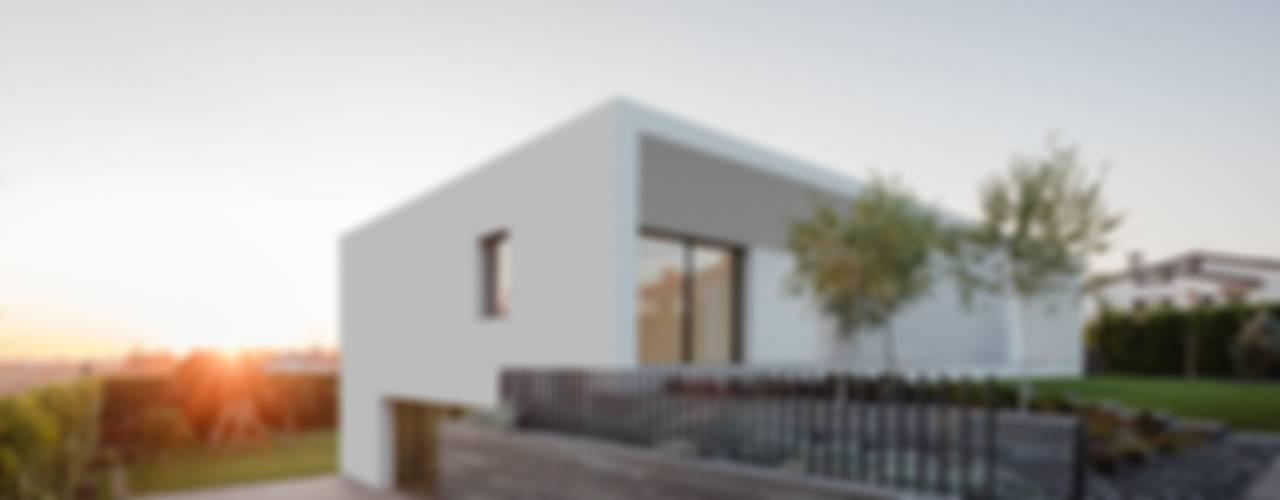 Minimalistische huizen van homify Minimalistisch