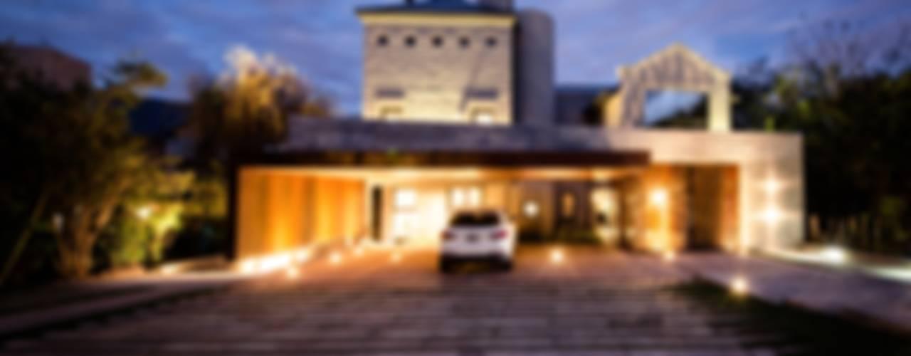 CASA BNG: Casas de estilo  por BLOS Arquitectos