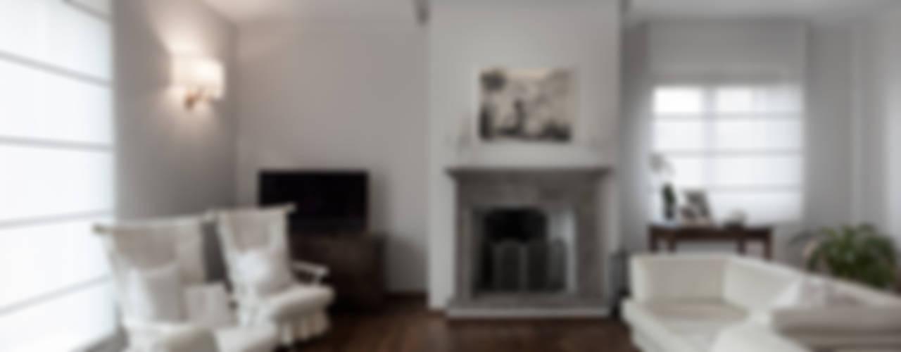 Klassieke woonkamers van Melissa Giacchi Architetto d'Interni Klassiek