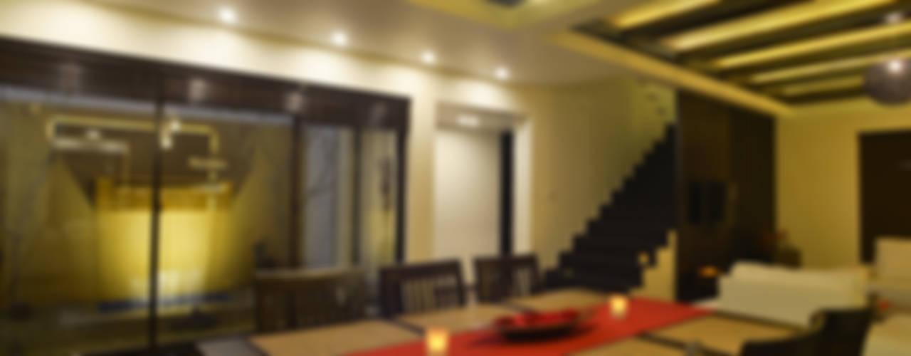 Weekend Villa Interior Modern dining room by RUST the design studio Modern
