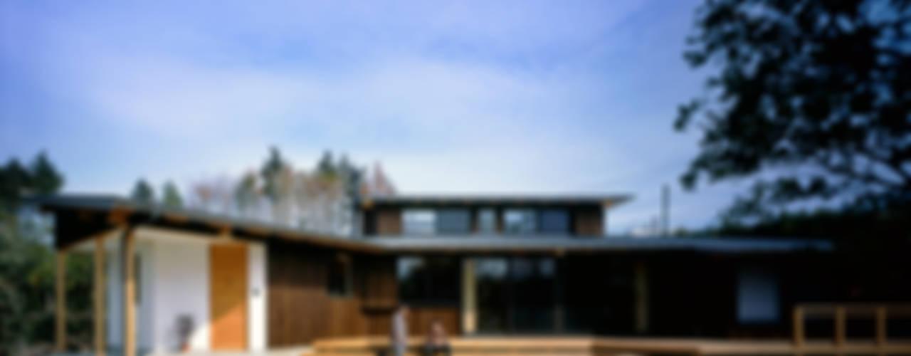 Maisons de style  par 大森建築設計室