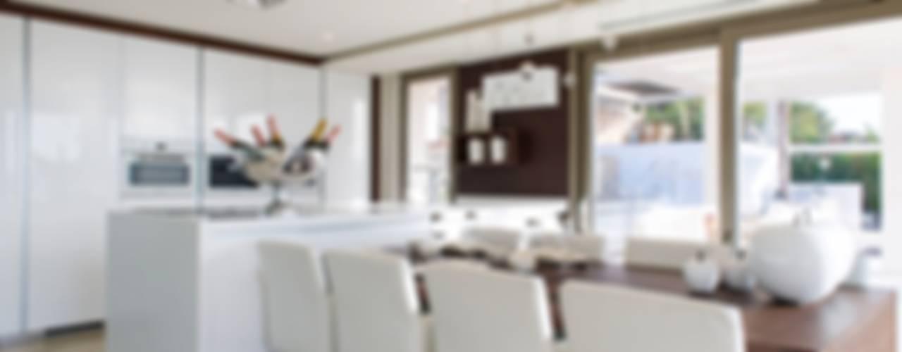 Casa Particular_Publicación magazine Comedores de estilo moderno de Tarraula S.L. Moderno