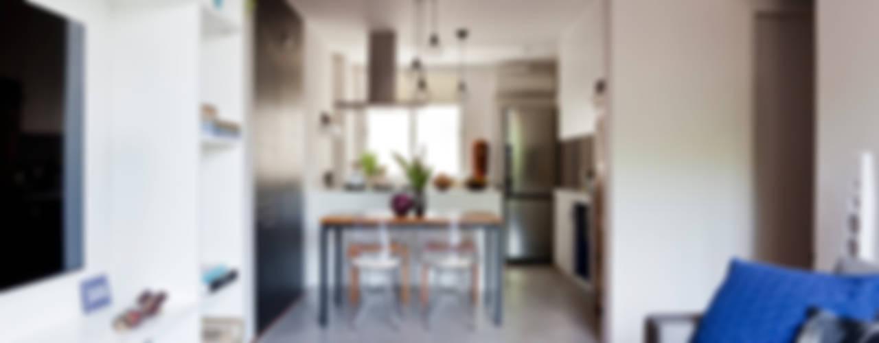 Cocinas de estilo  por INÁ Arquitetura