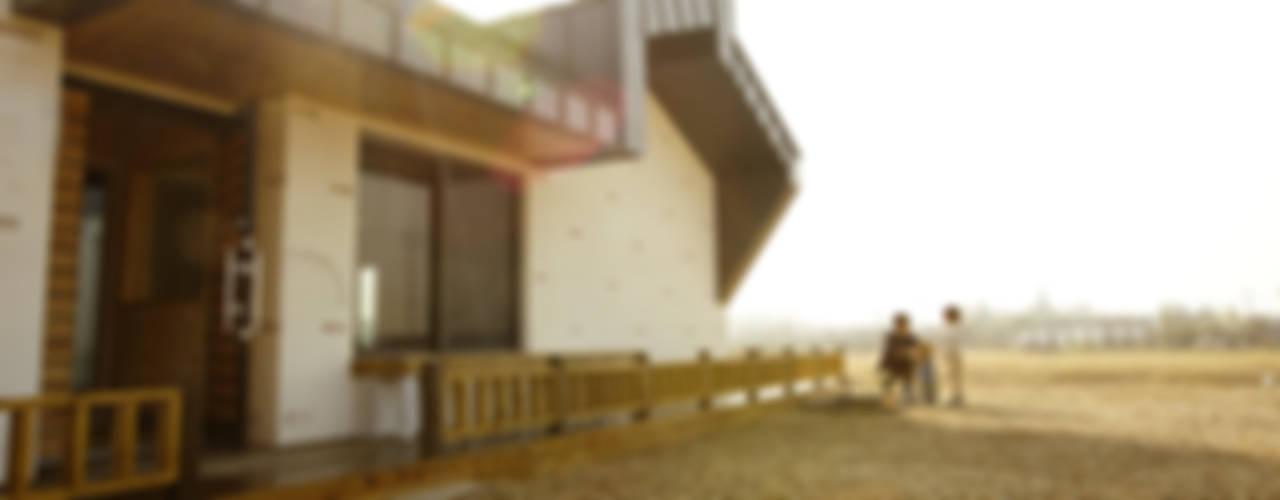 kimpo madang house 김포 두마당 집: 집스터디 건축 스튜디오_JIP STUDY ARCHITECTS STUDIO의  주택