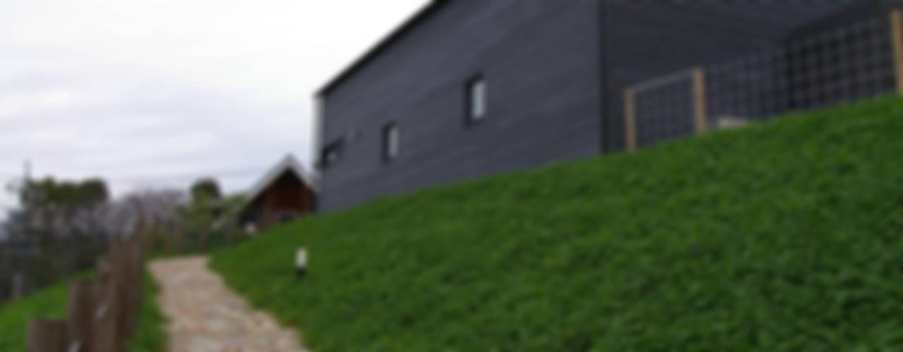Дома в скандинавском стиле от 小林良孝建築事務所 Скандинавский