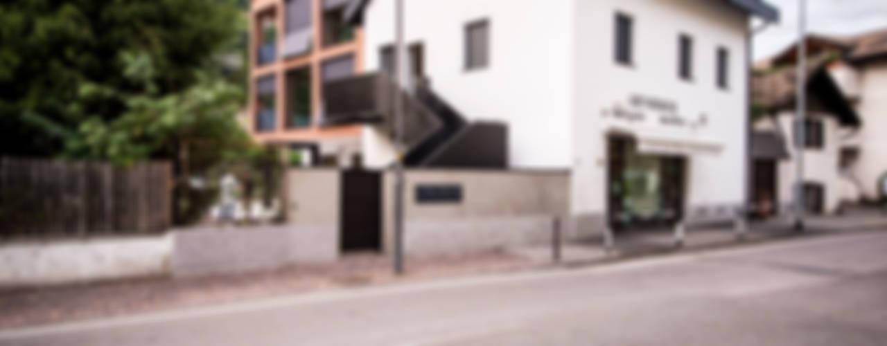Villa Gries Moderne Häuser von noa* - network of architecture Modern