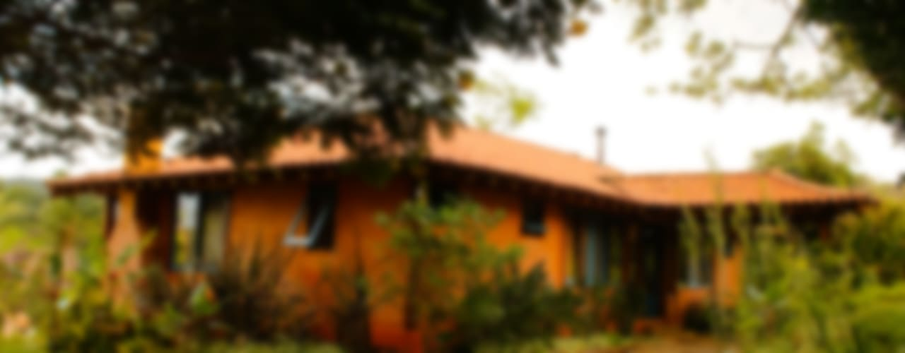 Casas de estilo  por MADUEÑO ARQUITETURA & ENGENHARIA