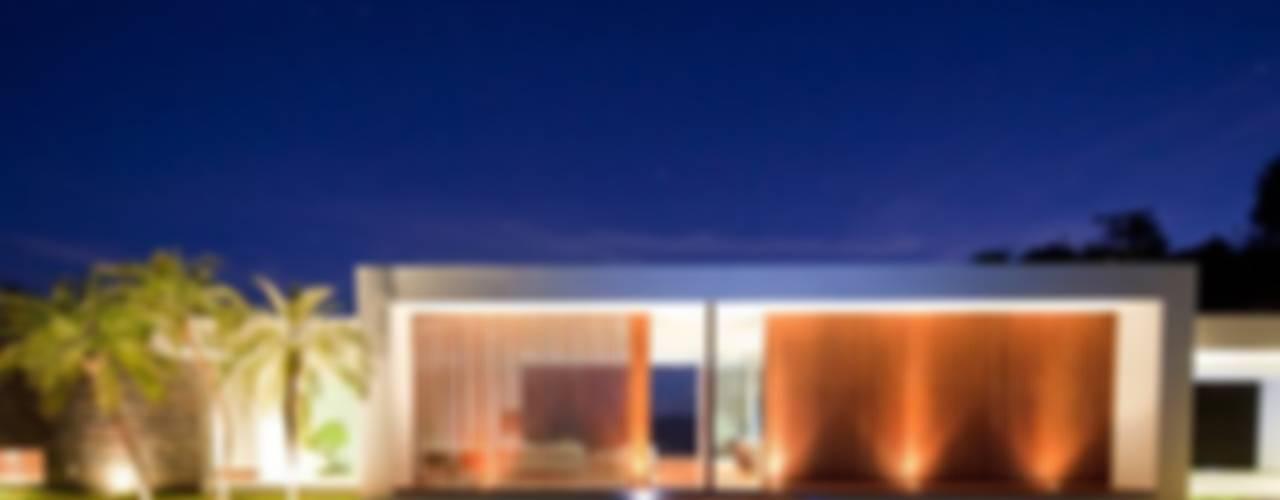 Projekty,  Basen zaprojektowane przez LIGHTEN