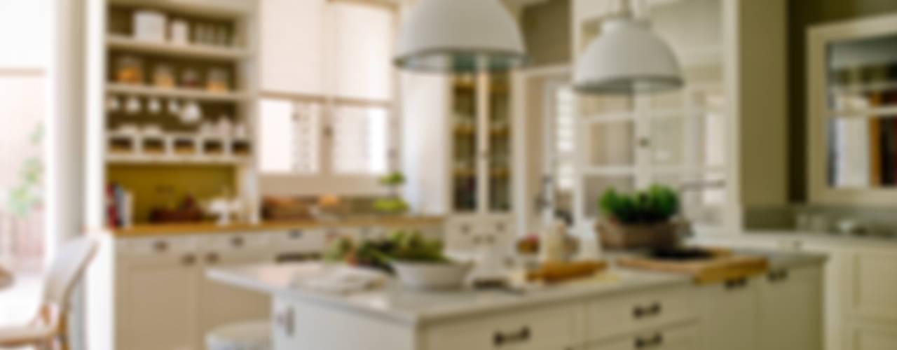 DEULONDER arquitectura domestica Kitchen Wood White