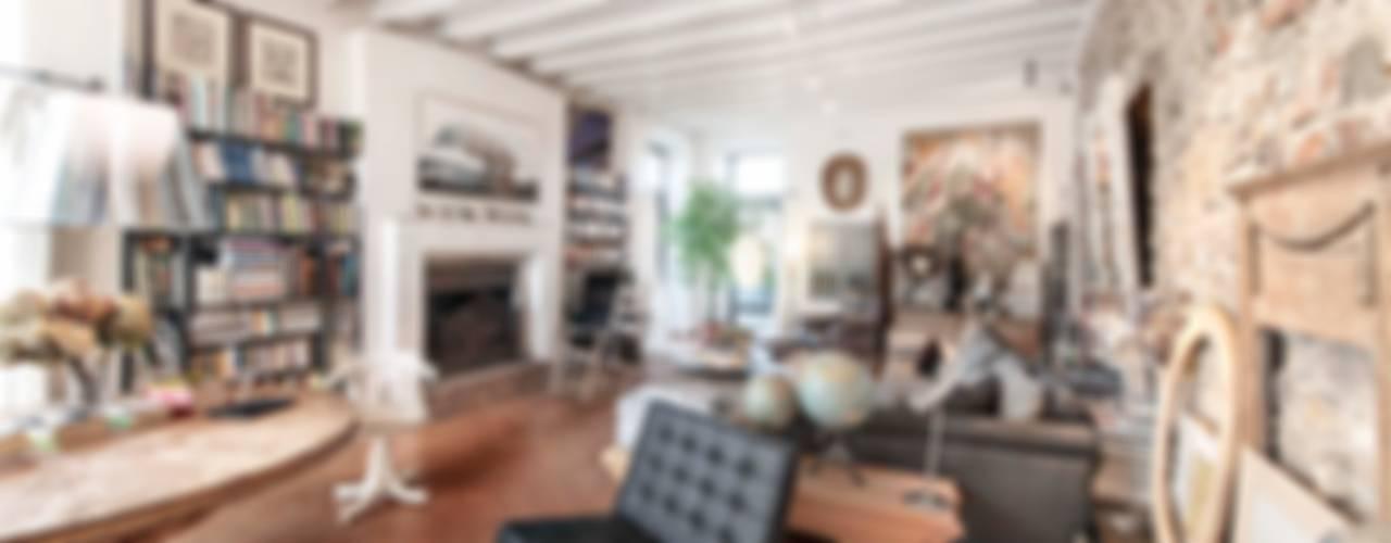 Residenza di campagna: Soggiorno in stile  di Studio Maggiore Architettura