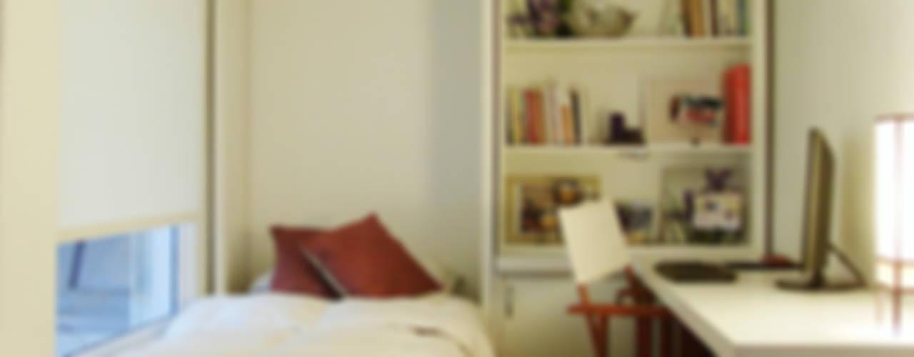 6M2 Cuarto de Huéspedes + Escritorio: Dormitorios de estilo  por MINBAI,Minimalista