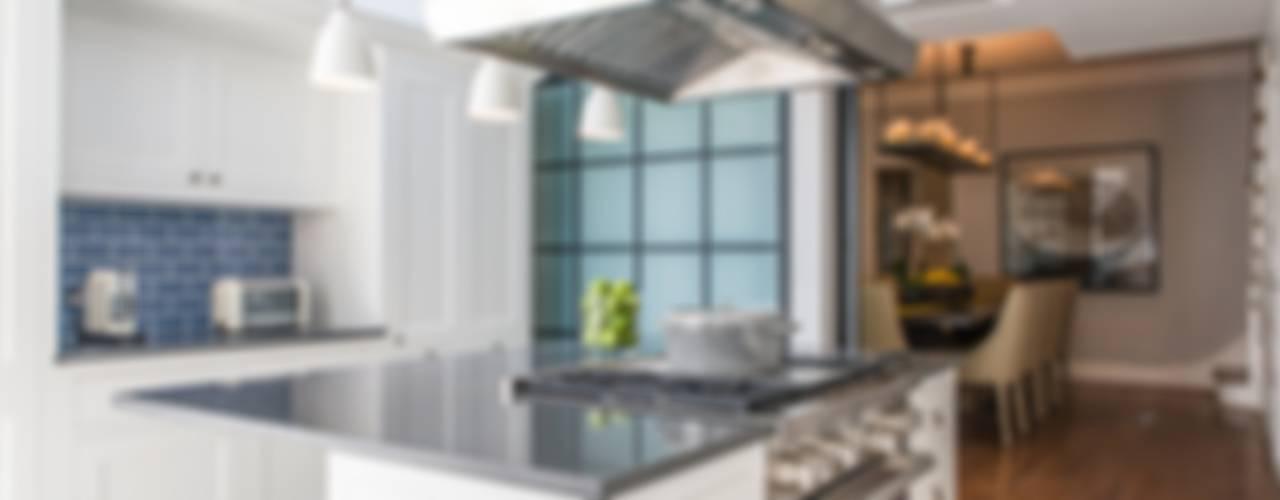 Cocinas de estilo moderno de Toninho Noronha Arquitetura Moderno
