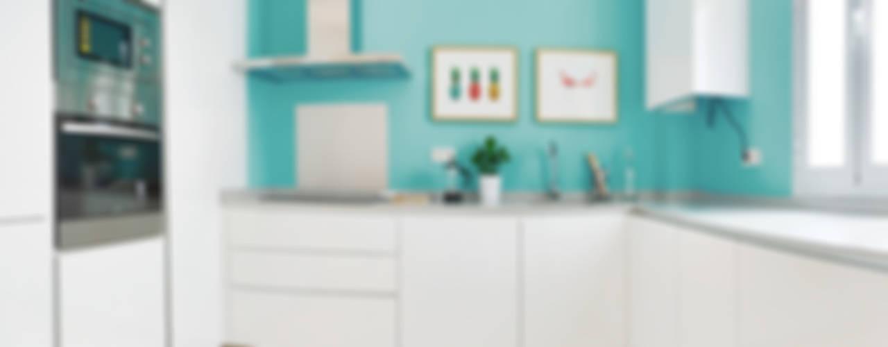 Vivienda en la Latina 2 Cocinas de estilo moderno de StudioBMK Moderno