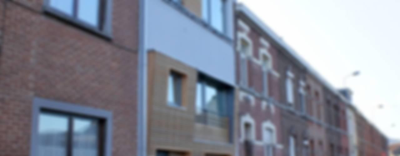 Casas modernas: Ideas, imágenes y decoración de Bureau d'Architectes Desmedt Purnelle Moderno