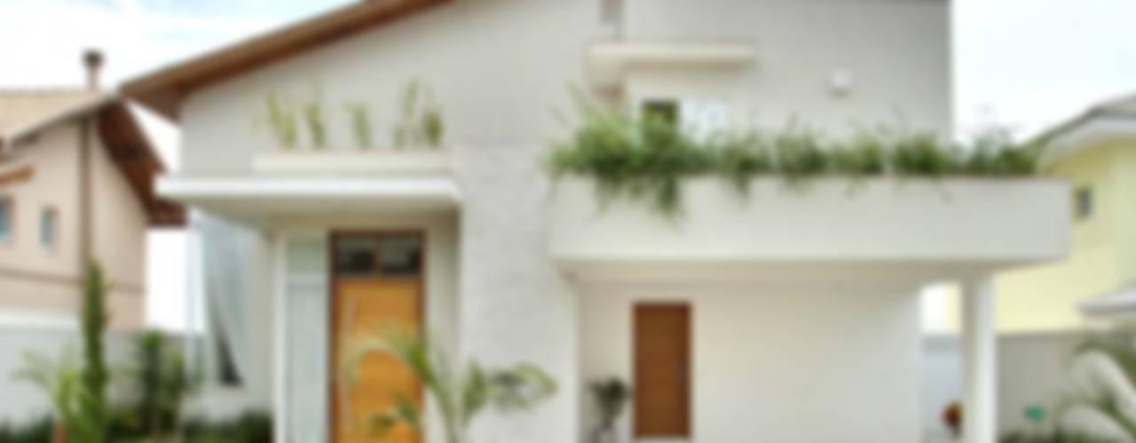 Casas de estilo  por Habitat arquitetura