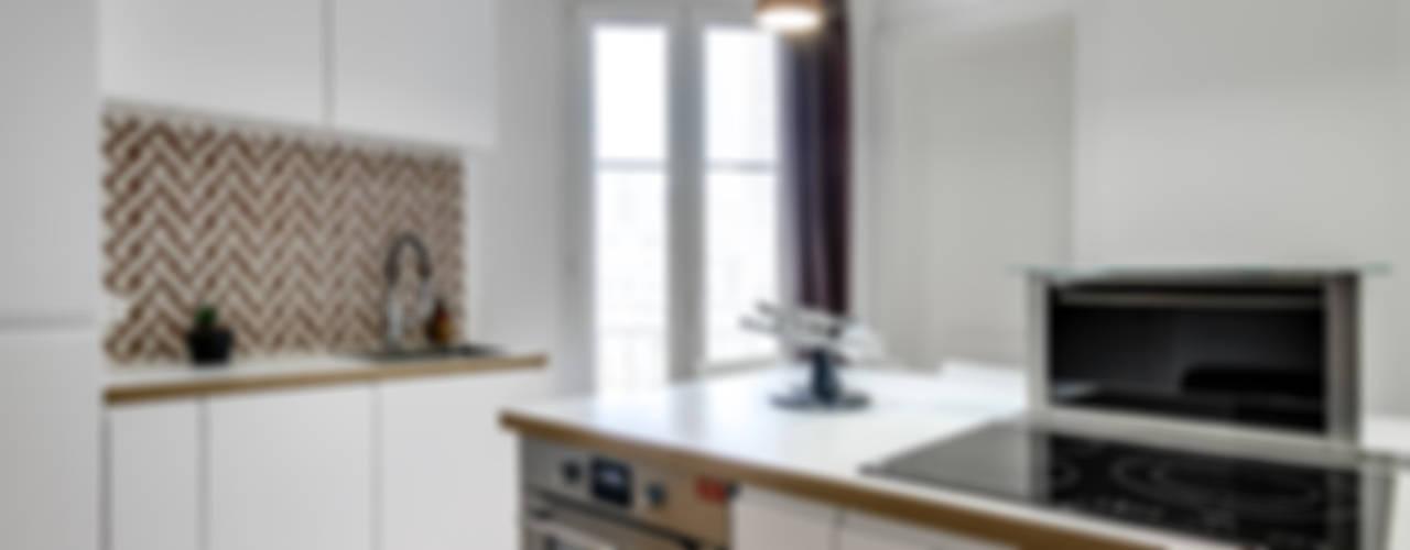 Cucina in stile  di Transition Interior Design , Moderno