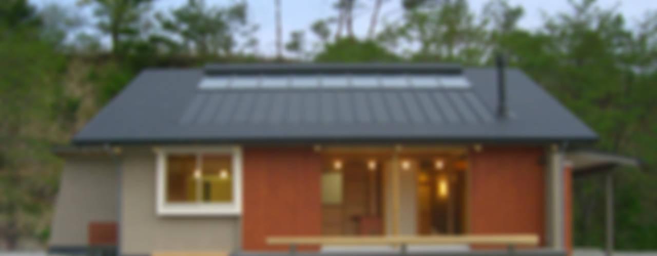 Дома в азиатском стиле от AMI ENVIRONMENT DESIGN/アミ環境デザイン Азиатский