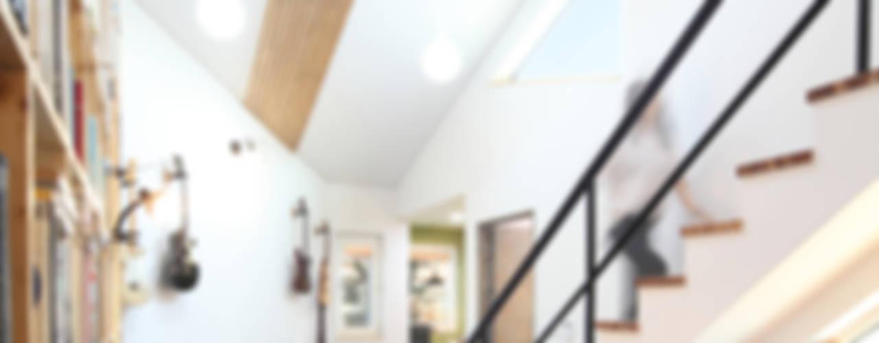 화성 봉가리주택 - 아빠와 아들의 아지트가 있는 집 모던스타일 서재 / 사무실 by 주택설계전문 디자인그룹 홈스타일토토 모던