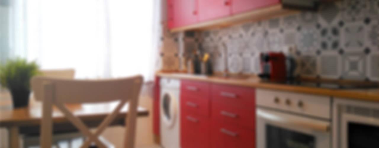 Cozinhas modernas por UVE laboratorio de diseño Moderno