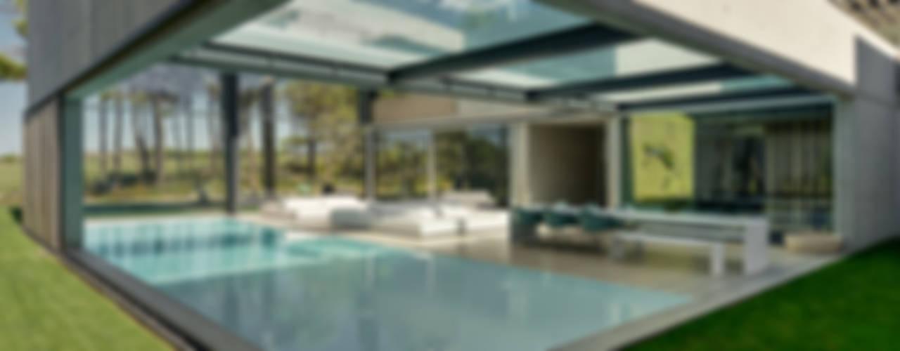 Minimalistische zwembaden van guedes cruz arquitectos Minimalistisch