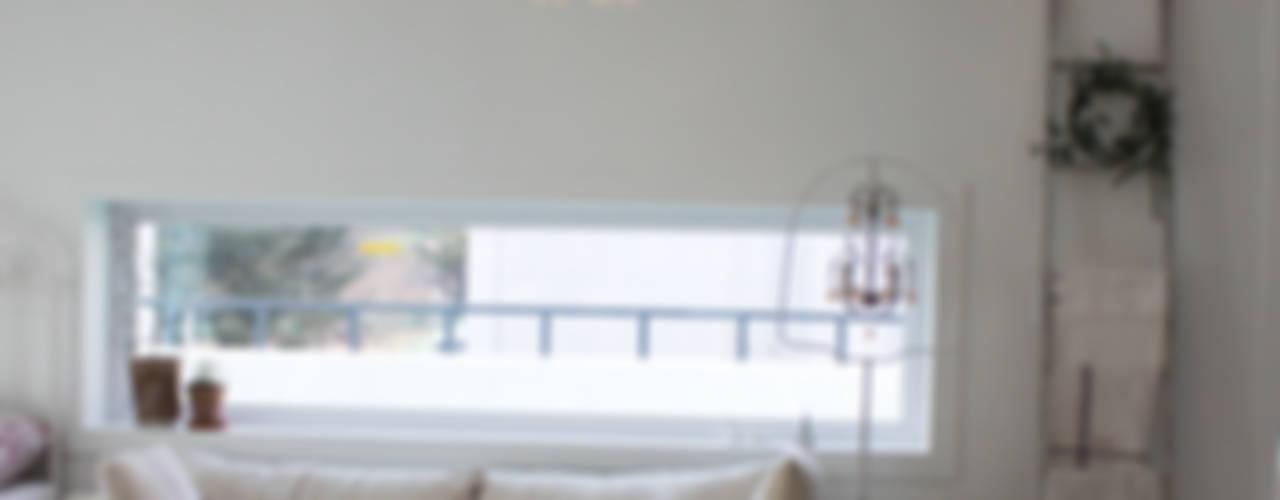 주택 self interior : 쏘나 의  거실,북유럽