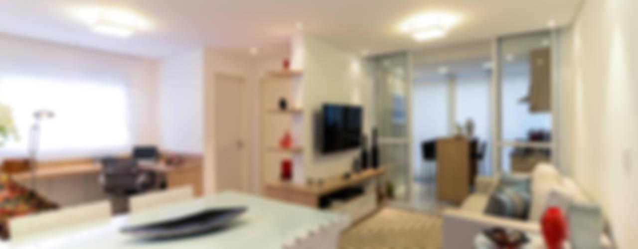 Salas modernas de RAFAEL SARDINHA ARQUITETURA E INTERIORES Moderno