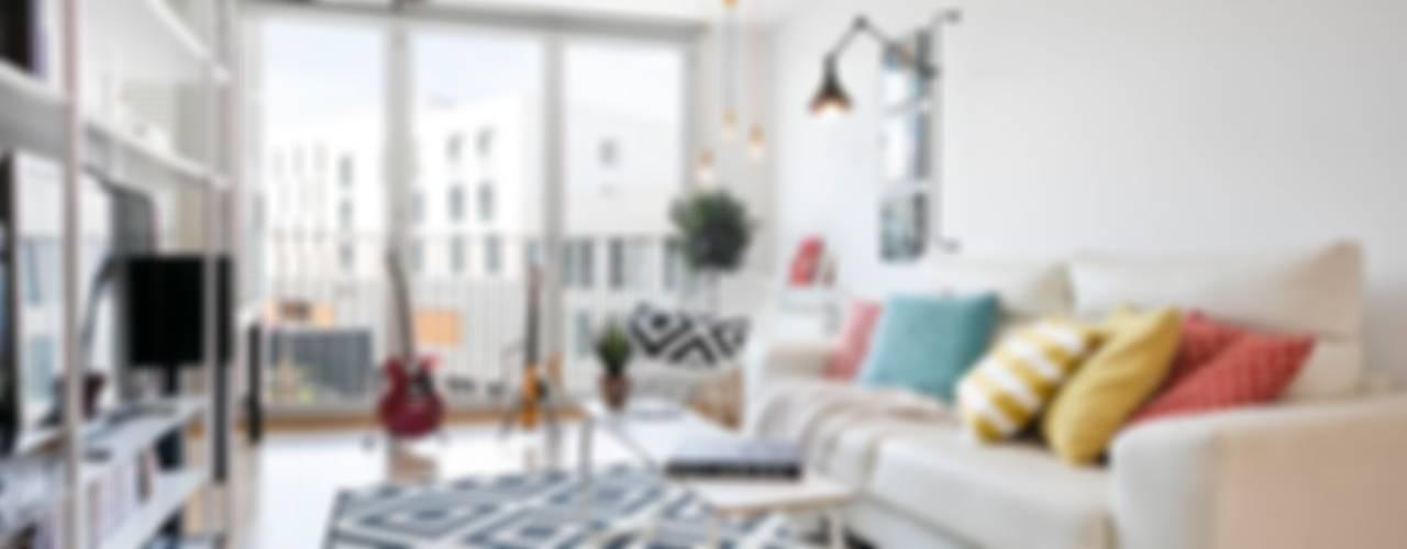 Salas de estilo moderno por Dröm Living