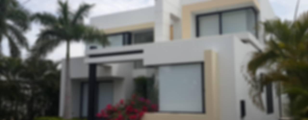 Huizen door homify, Modern