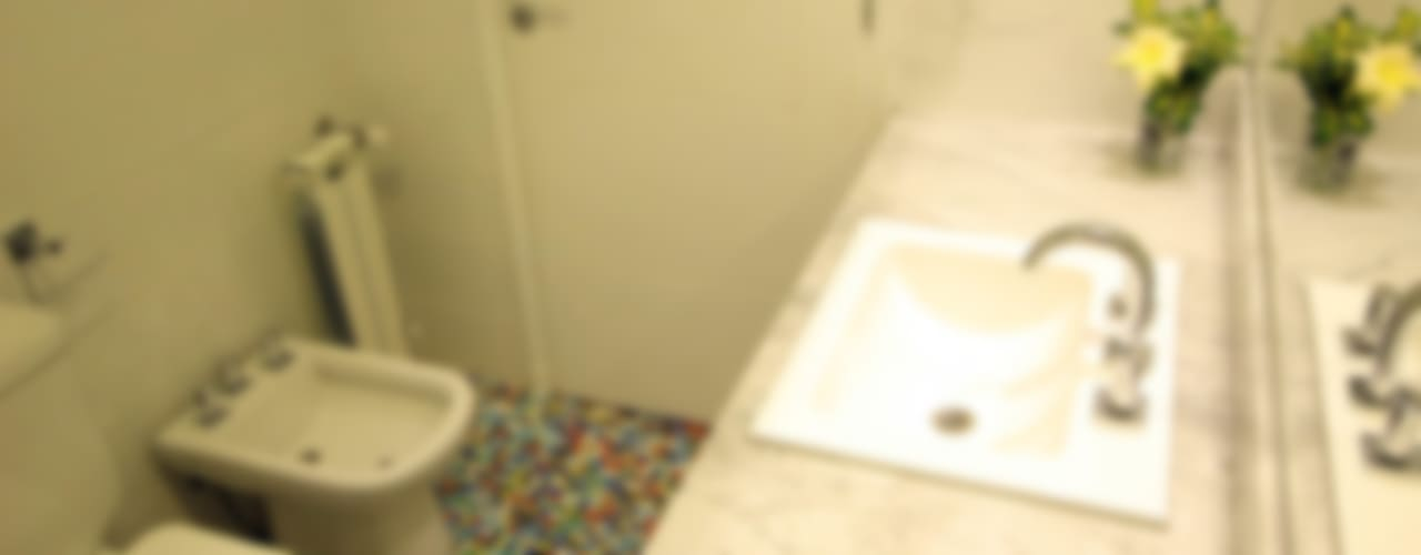 Baños de estilo minimalista por Queixalós.Trull Arquitectos