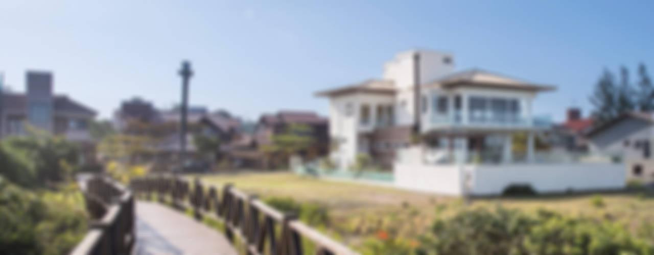 Casas de estilo  por Ronald T. Pimentel Fotografia
