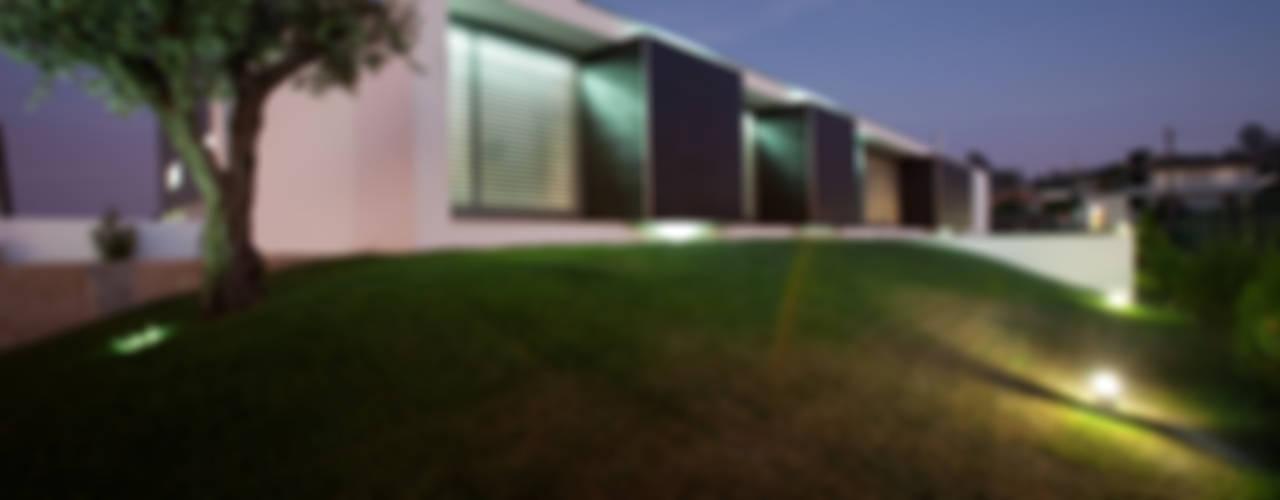 Houses by aaph, arquitectos lda.