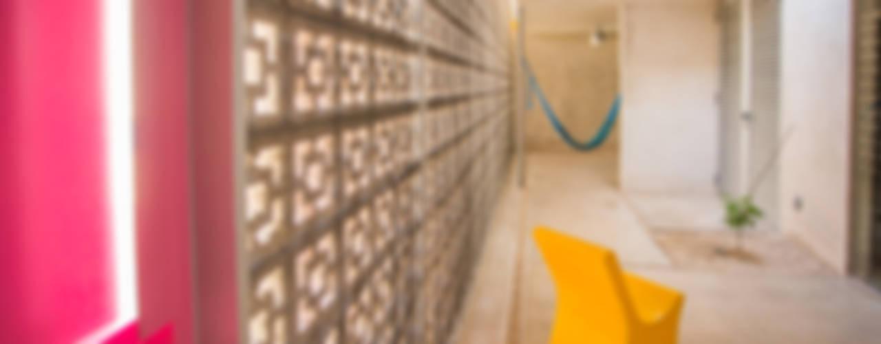 Terraços  por TACO Taller de Arquitectura Contextual