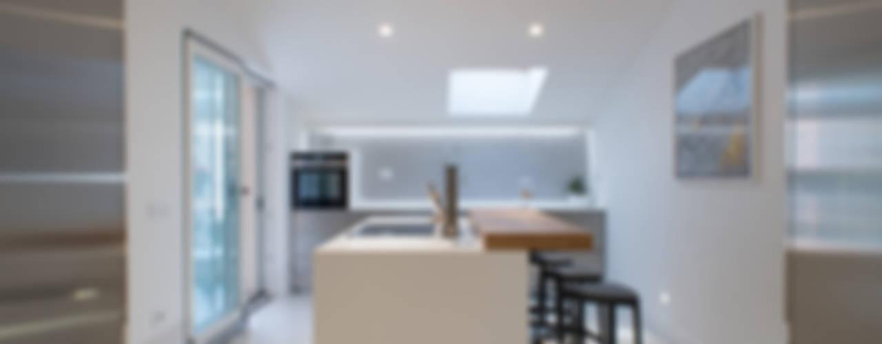 Cocinas de estilo  de ZETAE Studio, Moderno