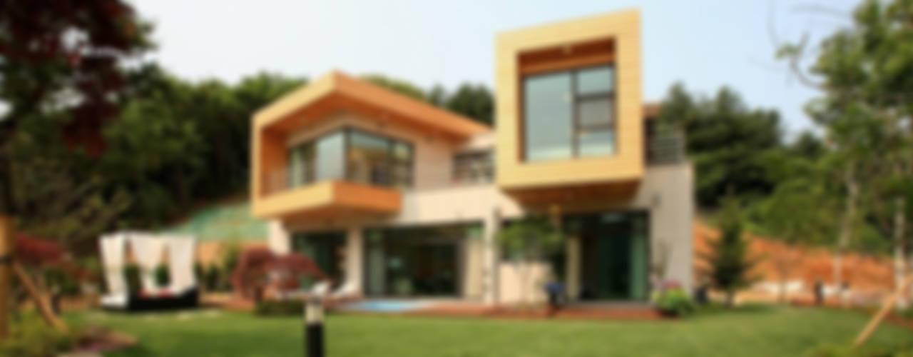Moderne huizen van 한글주택(주) Modern