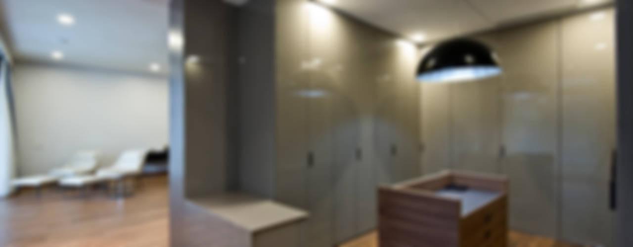 Chaney Architects Dormitorios de estilo moderno