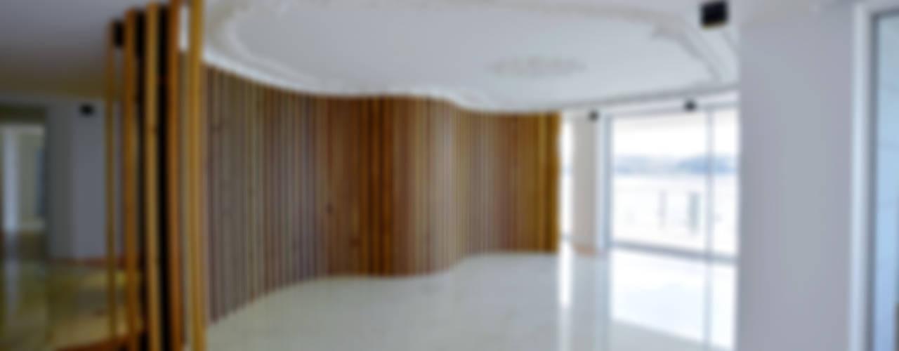 Apartamento na Foz do Douro Salas de jantar clássicas por GRAU.ZERO Arquitectura Clássico