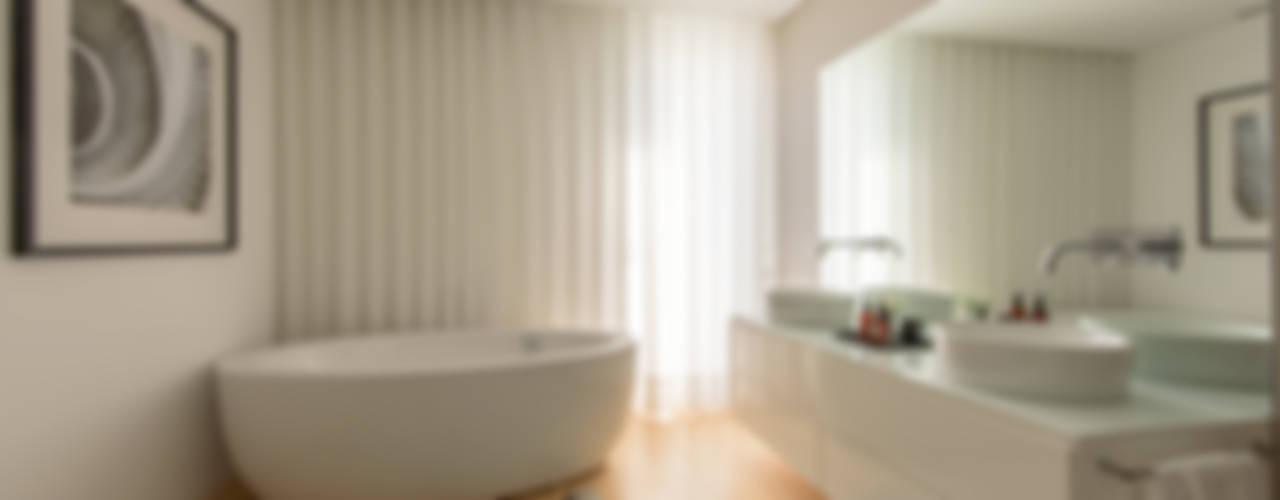 Baños de estilo  por NOZ-MOSCADA INTERIORES