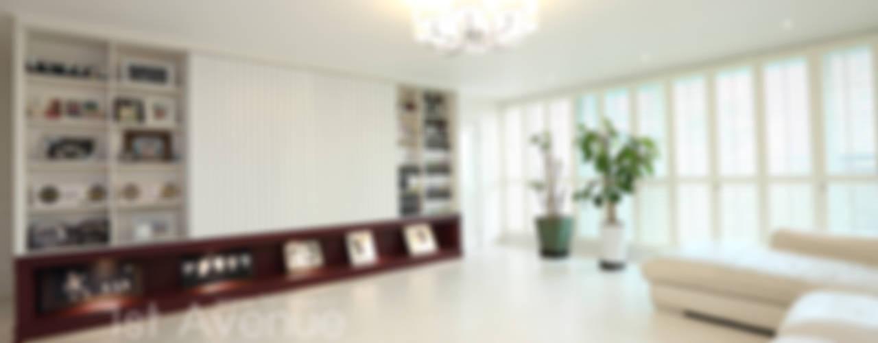 톡쏘는 청량감이 있는 안산 푸르지오: 퍼스트애비뉴의  거실