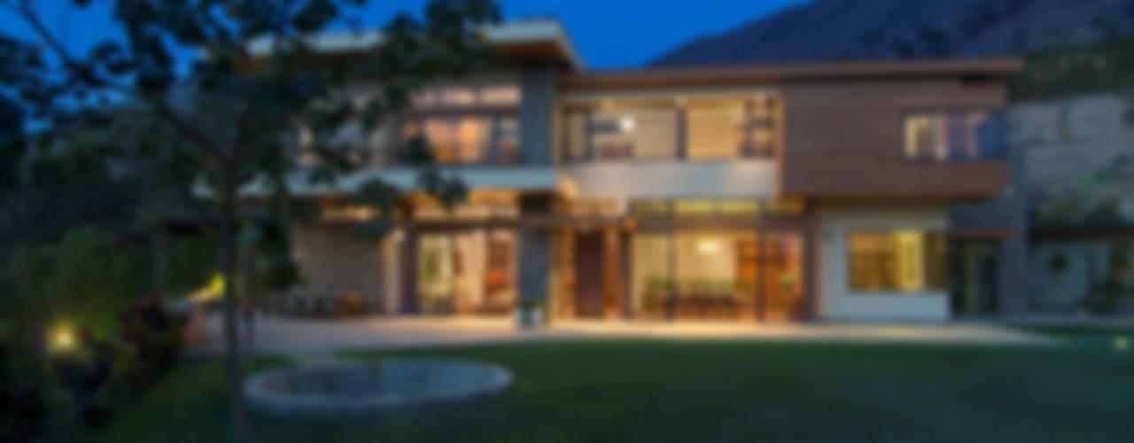 Paz y tranquilidad en el campo Casas de estilo clásico de DLPS Arquitectos Clásico
