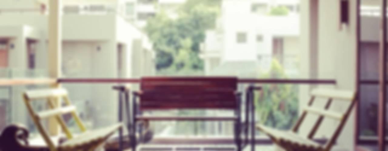 Mr. Harsh Patel Residance Classic style balcony, veranda & terrace by U design studio Classic
