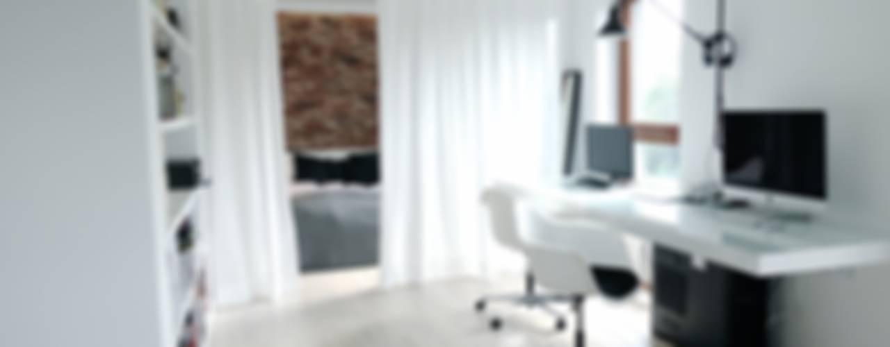Oficinas de estilo minimalista de MINIMOO Architektura Wnętrz Minimalista