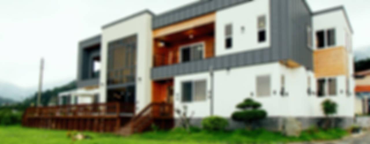 Casas modernas por 엔디하임 - ndhaim Moderno