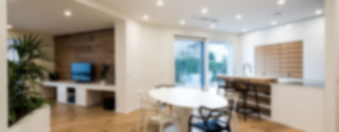 PASSIVE HOUSE Sala da pranzo moderna di Tommaso Giunchi Architect Moderno