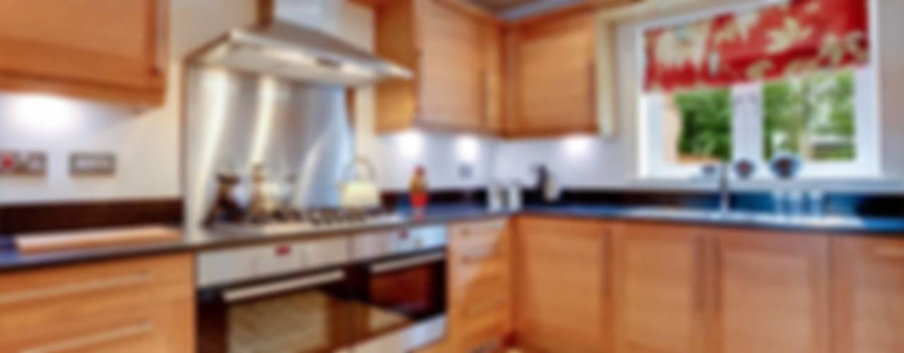 Cocinas de estilo moderno por FEDGO