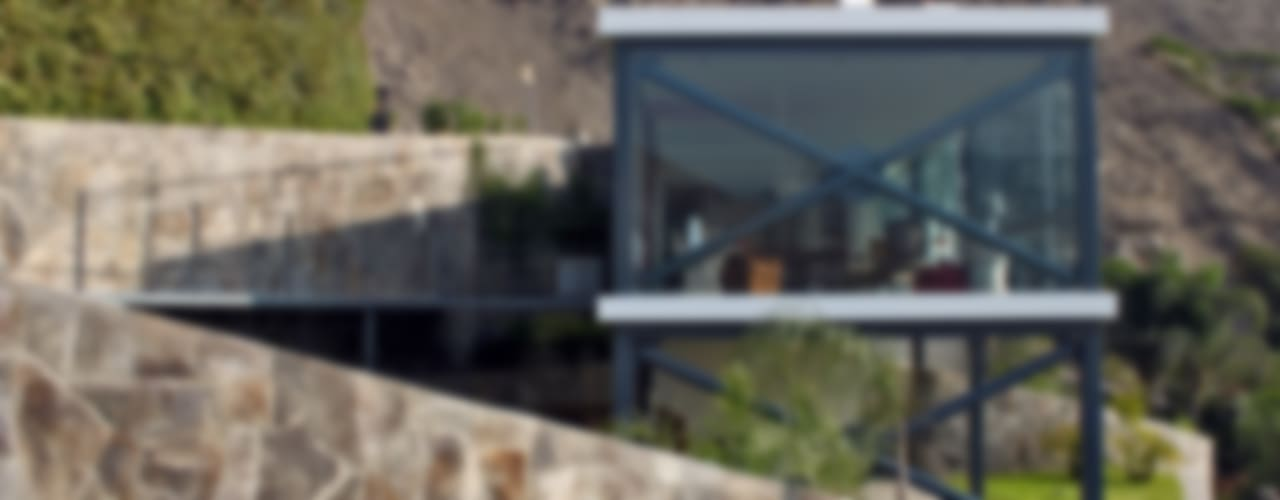 CASA MIRADOR Casas modernas: Ideas, diseños y decoración de NIKOLAS BRICEÑO arquitecto Moderno