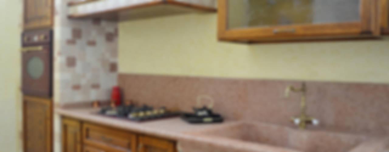Cocinas de estilo rústico de SALM Caminetti Rústico