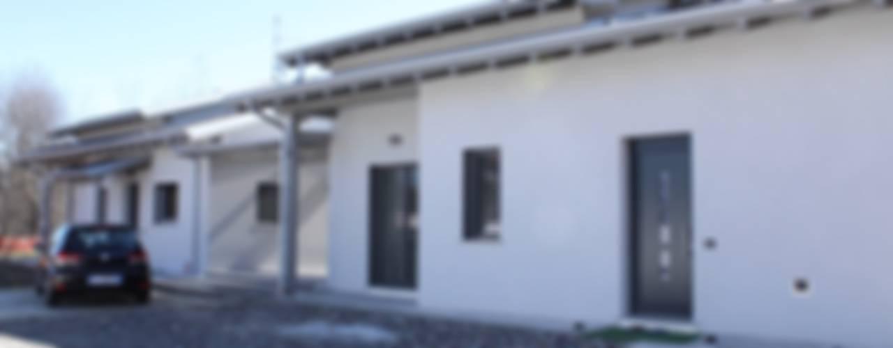 VILLA A COMO CasaAttiva Case moderne