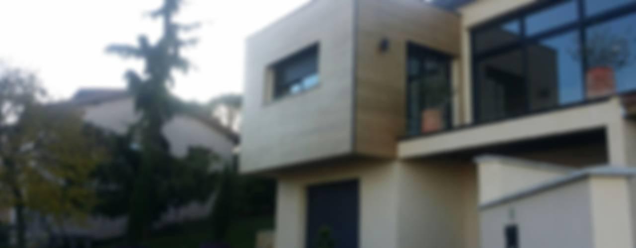 Casas de estilo ecléctico de Concept Creation Ecléctico